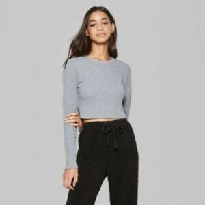 Wild fable size Xs gray long sleeve crop top